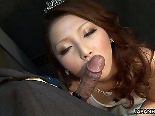 Korean queen hard sucking big cock