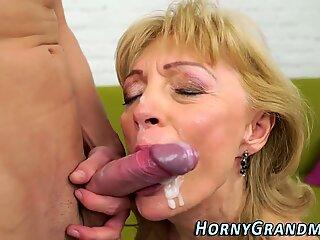 Mature grandma sucking