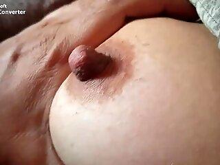 Desi wife Big Nipple Play