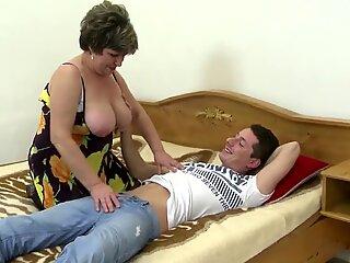 mushy mature mom wakes up not her sonnie